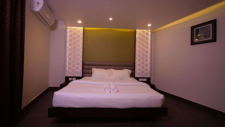 Oaks Room